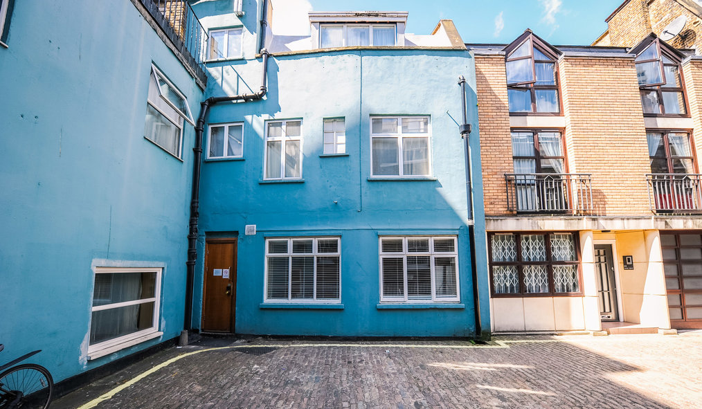 move to marylebone for its mews