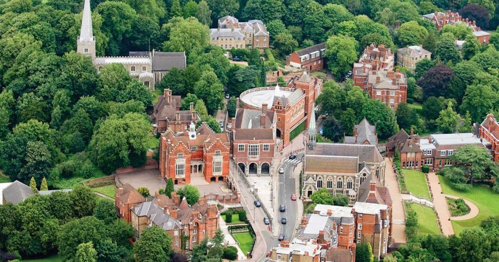 move to harrow on the hill for its famous school