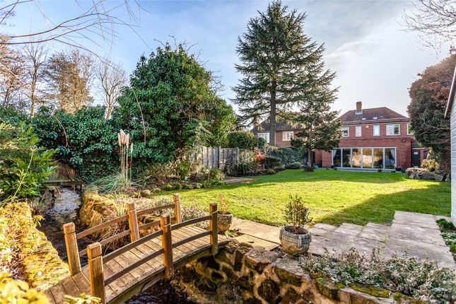 move to stanmore for its large detached houses