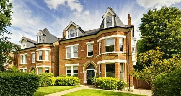 move to ealing house for sale