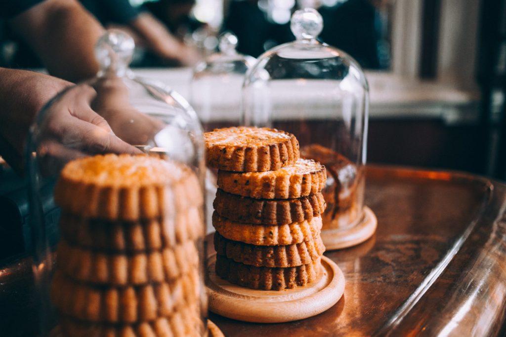 cours d'anglais dans les cafés à Londres gâteaux